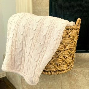 100% Cotton Cable Knit Throw & Knitted Blanket